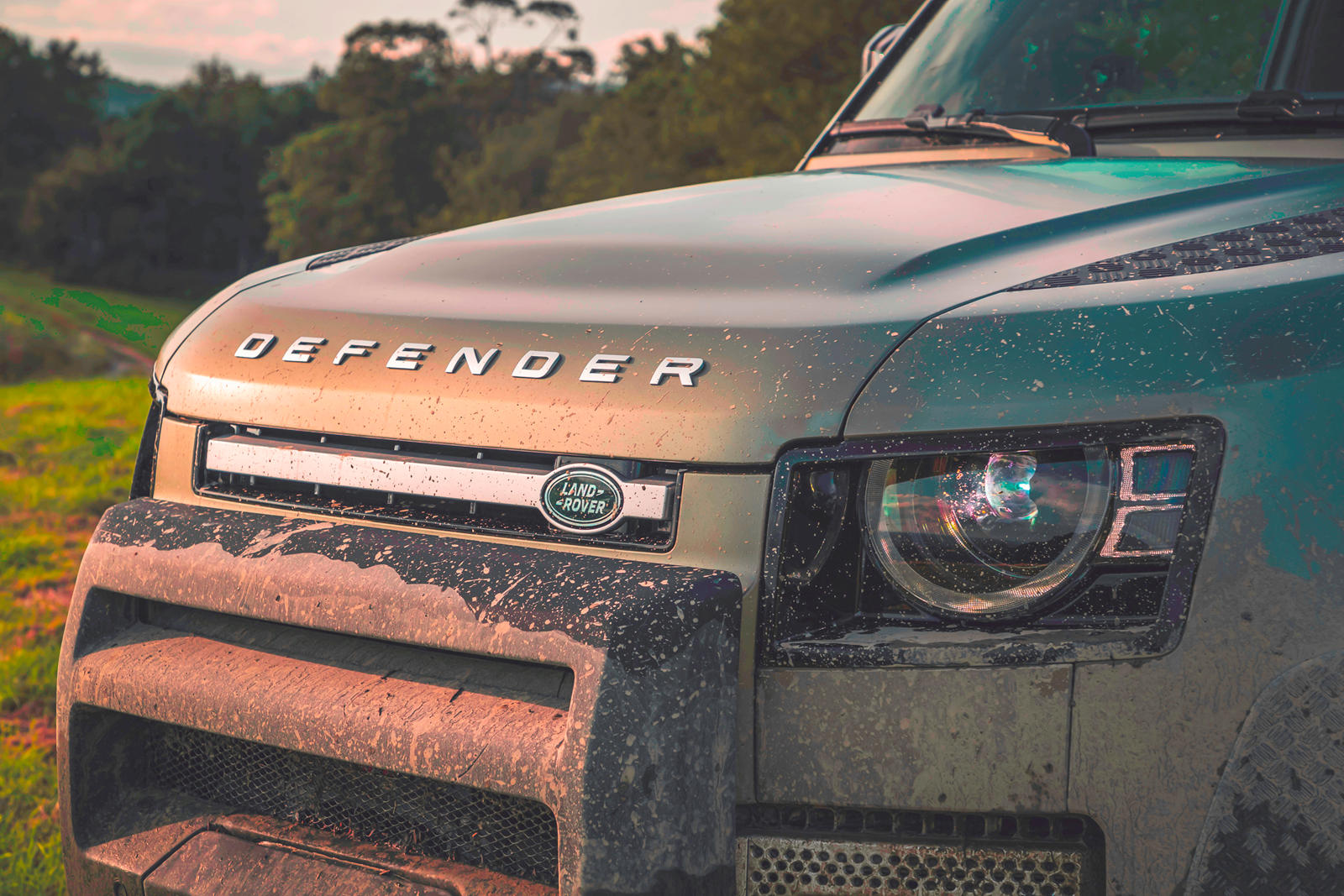 Desperate Land Rover Defender Buyers Won't Like This