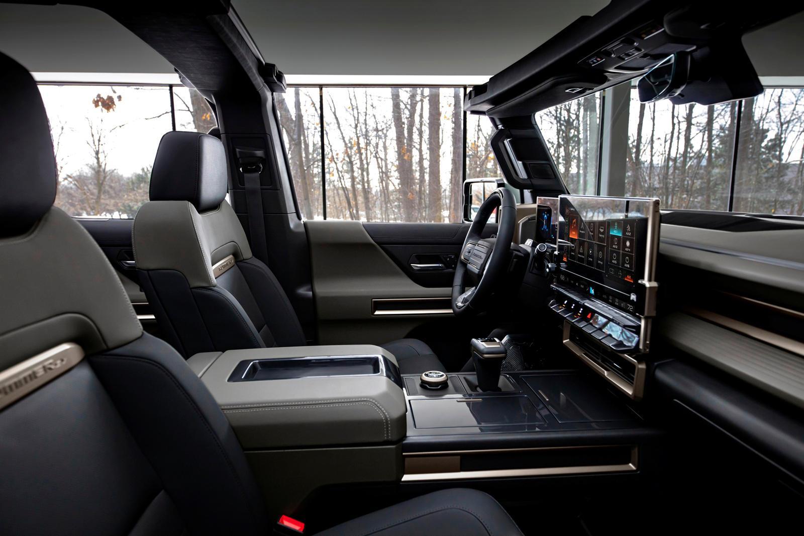 Detroit Mayor Reveals GM's Electric Truck Plans